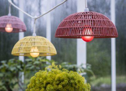 Hängande lampa utomhus